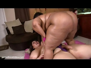 Sexy BBWS Anastasia and Cotton Candi Lick Tits and Clits
