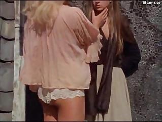 DMvideos Vintage hairy pussy tribbing